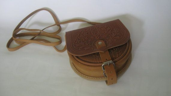 Camel brown leather bag handmade by manufakturarzeczy on Etsy