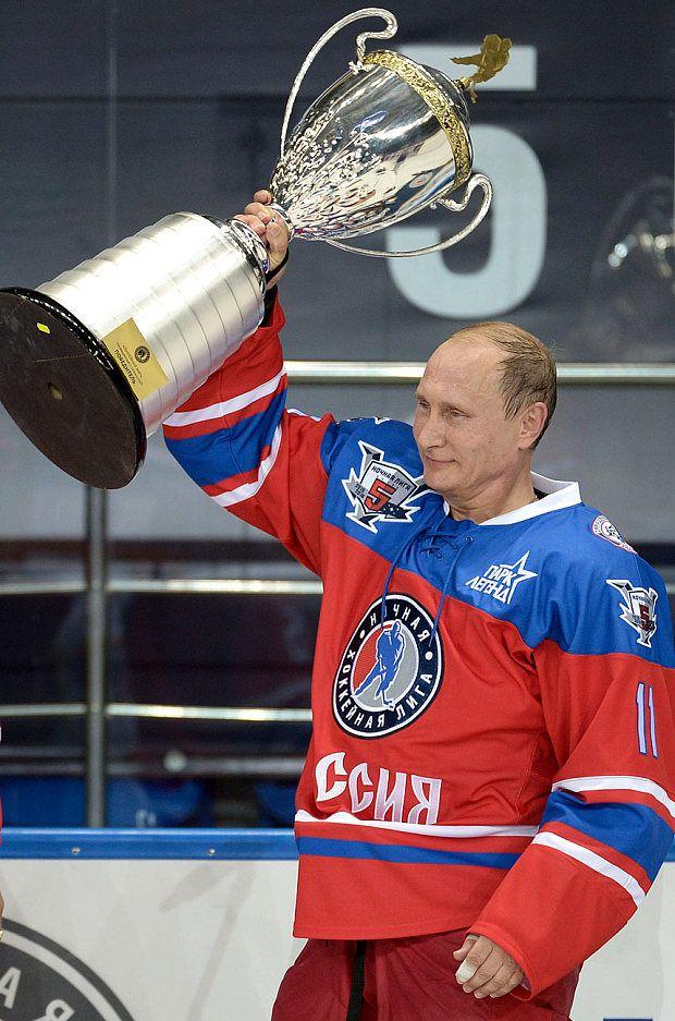 putin-trophy_3466789b.jpg (620×937)