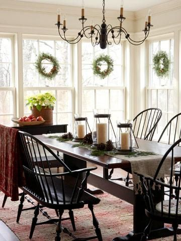 colonial christmas decor ideas dining room chandeliersthe chandelierwindsor chairstable. beautiful ideas. Home Design Ideas