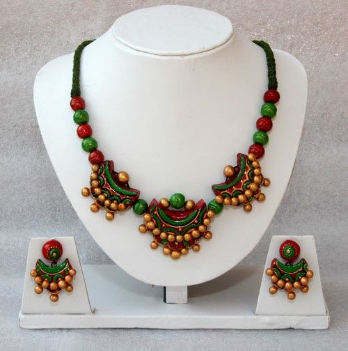 Crescent Terracotta Necklace Set - Craft Shops India
