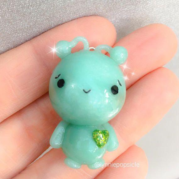 Charm Buddy  Handmade Blue Green Glass Frog Charm for Charm Bracelets Girls Ladies Kids Jewellery