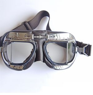 Vintage motorcycle goggles  #www.motorcyclefederation.com