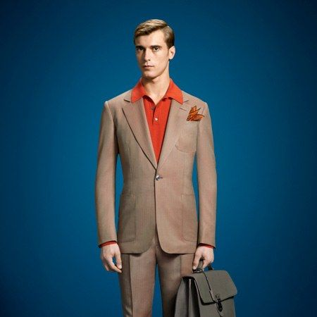 style-blogs-the-gq-eye-Lapo-Wardrobe-Gucci-Tan-Suit.jpg