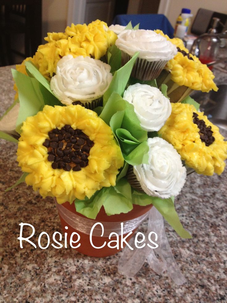 #cupcake #bouquet #flowers #sunflowers #roses #white #yellow  #centerpieces