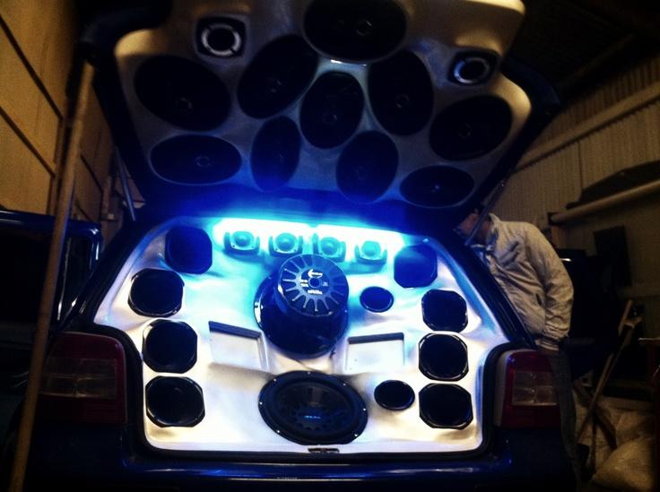 wip vw golf iv custom sound system ios themes. Black Bedroom Furniture Sets. Home Design Ideas