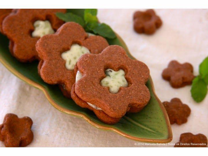 Bolachas de Chocolate com Recheio de Hortelã