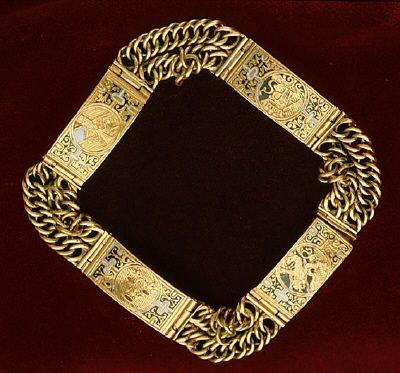 Guldarmband som tillhört Anna av Sverige. 1590 cirka