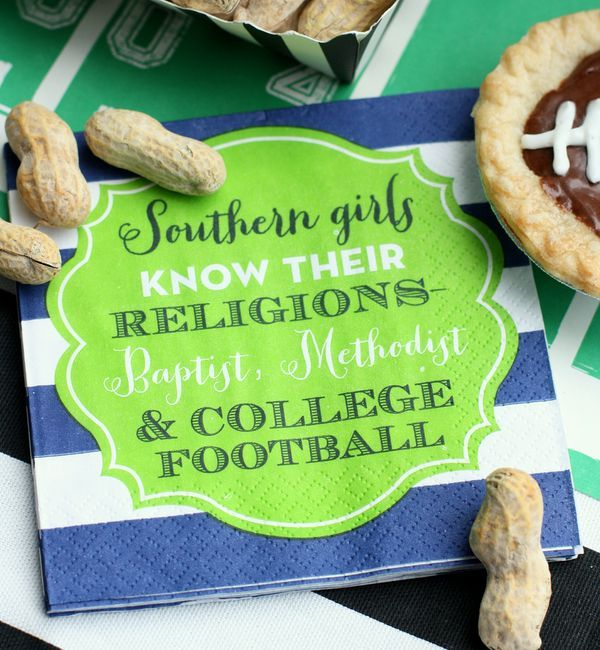Love these @swoozie's napkins! Perfect for a southern tailgate! #thesouth #gameday #collegefootball #musthave
