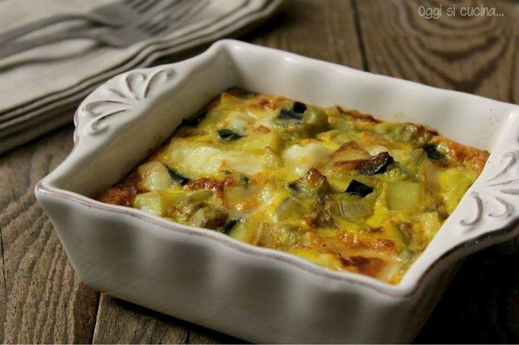 Il tortino di patate e melanzane filante è un secondo piatto ricco e saporito, si cuoce in forno con pochi e semplici ingredienti, ricetta vegetariana.