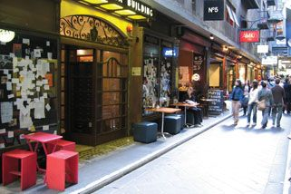 Melbourne Lanes and Arcades Tour with Lunch