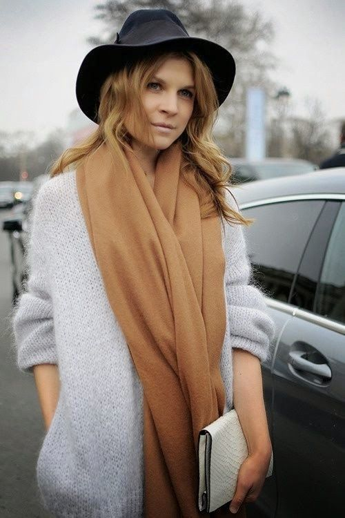 Clémence Poésy, lovely texture and colour combinations