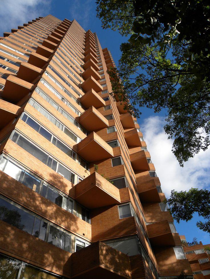 Clássicos da Arquitetura: Torres do Parque / Rogelio Salmona