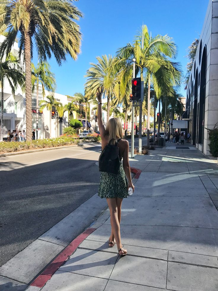 T'was a nice walk on Rodeo Drive 🌴