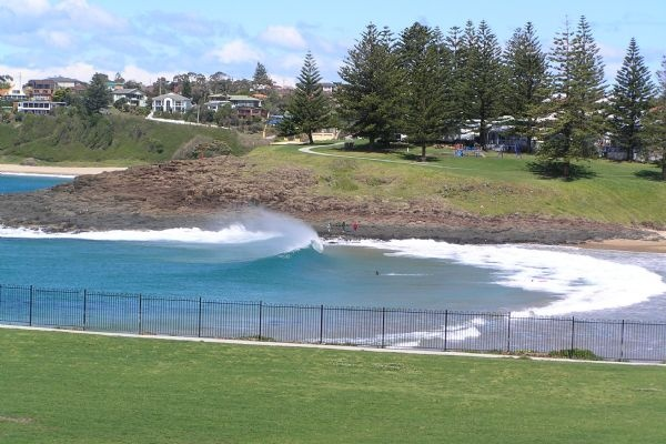 While in Australia, we took the train (and the bus) to Kiama where we laid on the beach, did some deep sea fishing in the Tasman Sea and devoured fresh seafood. I love this place!
