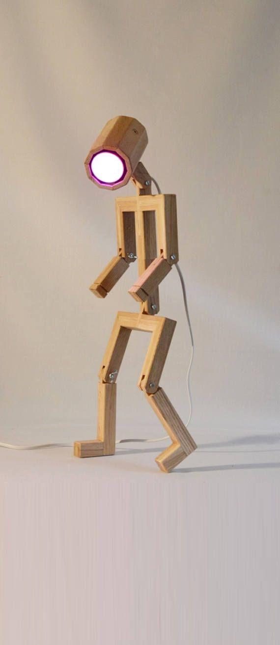 Lámpara de diseño articulada Madame hecho de madera
