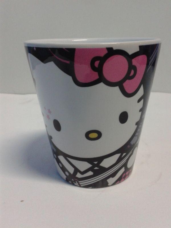 Mugs decorativos diseños Hello Kitty cerámica 11 cm. #Detalles #MugsDecorativos