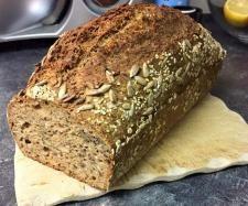 Rezept Schnelles Dinkelvollkornbrot supersaftig von Eva M Mö - Rezept der Kategorie Brot & Brötchen
