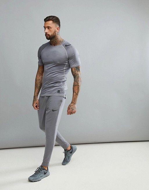 8e37d72de Nike Training | Nike Training pro Hypercool fitted t-shirt in grey camo  888291-027
