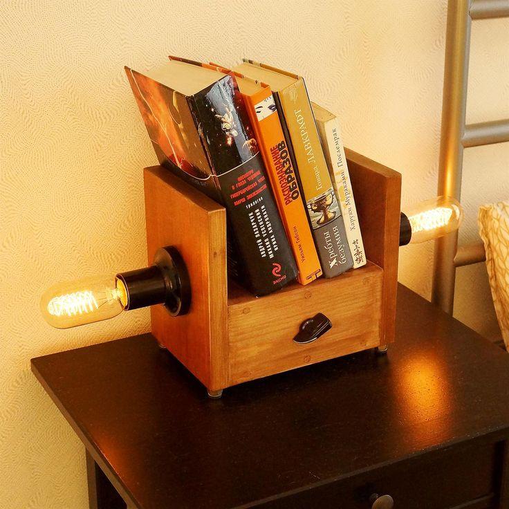 Как из обрезков дерева сделать необычную лампу-полку в стиле стимпанк своими руками.