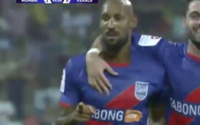 È tornato Nicolas Anelka: punizione magica con il suo Mumbai City #anelka #mumbai #calcio #punizione