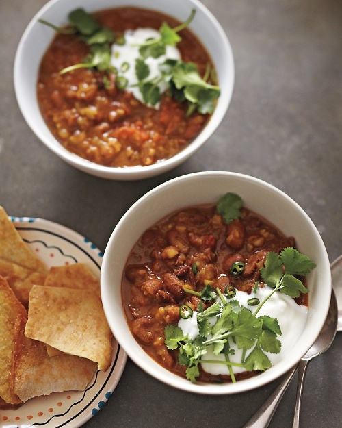 Indian-Spiced Bean-and-Tomato Soup - this vegetarian soup recipe is economical, hearty, and