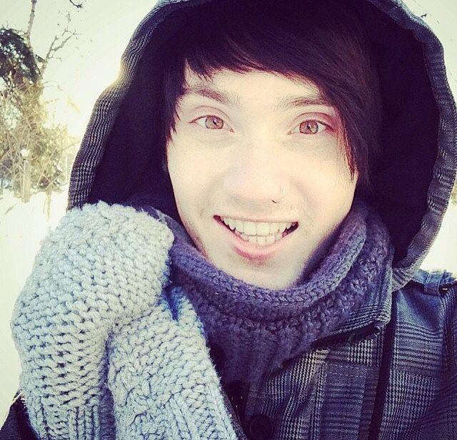 Denis ❤ he looks like a lil anime character