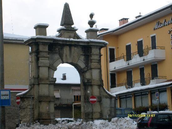 Borgo Val Di Taro Map | Borgo val di Taro, Italy: piazza di borgotaro