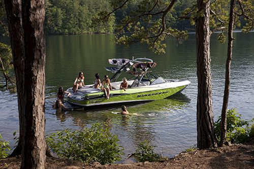 New 2014 Malibu Boats CA Wakesetter 247 LSV Ski and Wakeboard Boat Photos- iboats.com 1