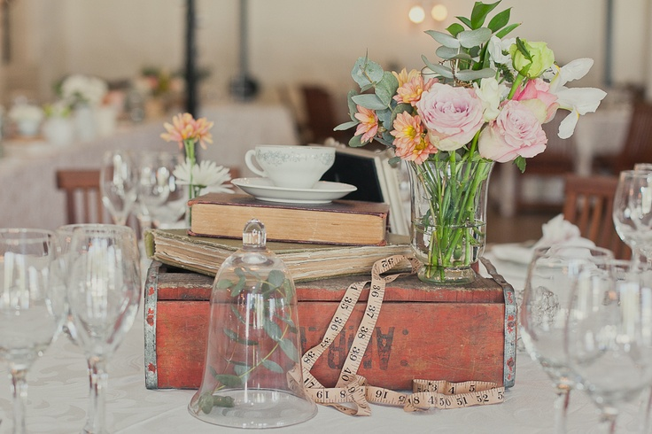 Vintage table setting taken by Veronique-Photography