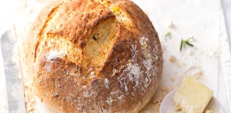 Bramborov� chleba s pecorinem