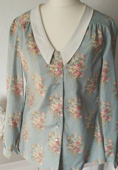 Mimi blouse - sewing pattern in Love at First Stitch