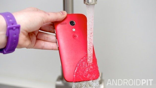 How to fix a water damaged phone