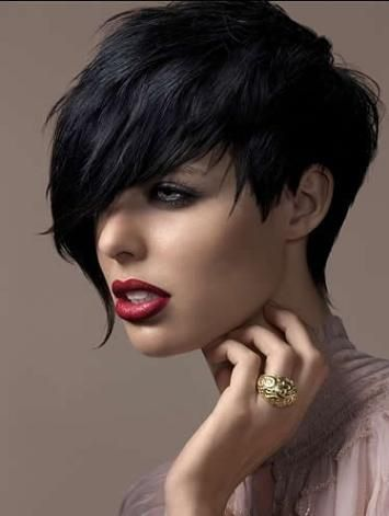 If my hair dose not grow back bra strap length... I'm getting this cut