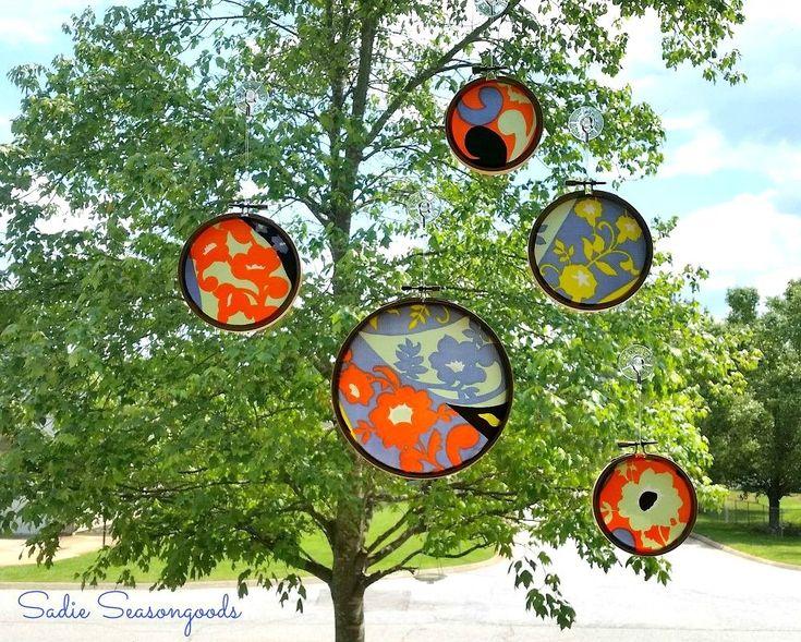 s 11 suncatchers magnifiques pour égayer vos fenêtres, artisanat, repurposing upcycling, traitements de fenêtre, des bouts Suspendez des foulards vintages