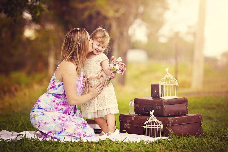 Mother and daughter photoshoot. Vintage. Prop ideas. Rockhampton Photographer Beautiful Memories Photography  https://www.facebook.com/photographybeautifulmemories