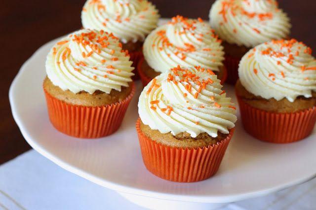 Sarah Bakes Gluten Free Treats: gluten free vegan carrot cupcakes