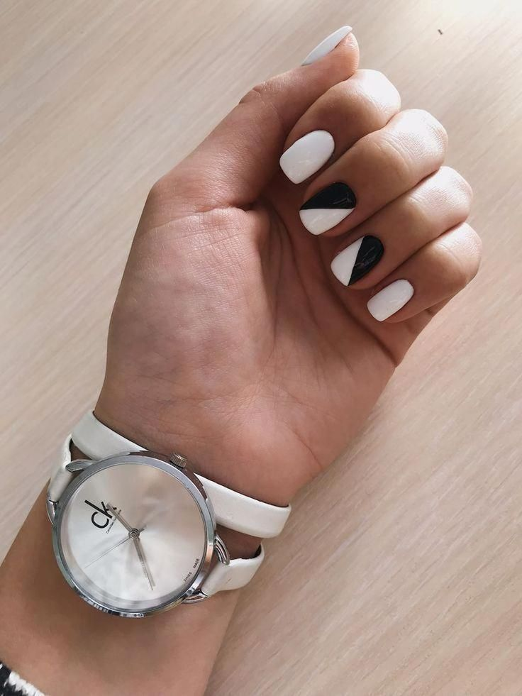 Awesome 41 Extraordinary Black White Nail Designs Ideas Just For You Awesome Black Desi In 2020 White Gel Nails Black And White Nail Designs Black And White Nail Art