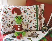 Pillowcases are so easy to make and GREAT wrapping to put your quilt in if you give as a present.  se your left over fabric from the quilt to make the pillow case.Fun Occasion, Sewing, Grinch Pillowcases, Pdf Pillowcases, Pillowcases Pillows, Pillowcases Instructions, Crafts Diy, Fun Pillowcases, Pillowcases Tutorials