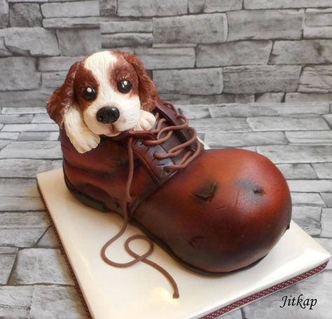 Does it get any cuter than this adorable puppy in a shoe cake?