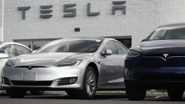 Kan Du Klare Dig Med En Mindre Diesel Eller Elbil Sa Bor Du Taenke Dig Om En Ekstra Gang Inden Du Kober En Tesla Den Nuvaerende Produkti Tesla Elbiler Diesel