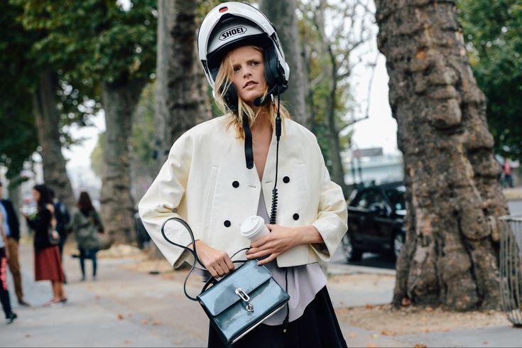 #HanneGabyOdiele helmet hair. Paris