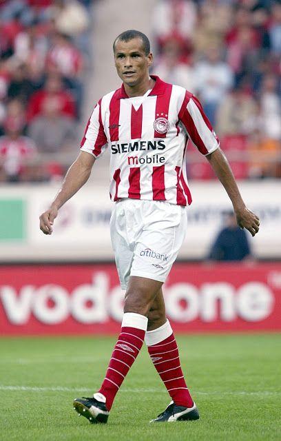 Rivaldo Vitor Balboa Ferreira ( ή Rivaldo ). Paoulista. Brasil. (1972). Επιθετικός μέσος. Από το 2004 ~ 2007. (70 συμμετοχές 34 goals).