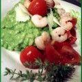 Orzo con pesto di rughetta, gamberetti, pachino e grana