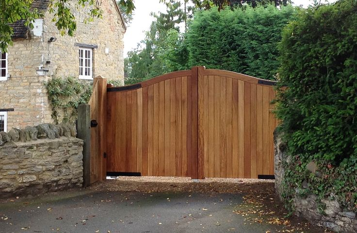 Wooden Electrically Operated Gates