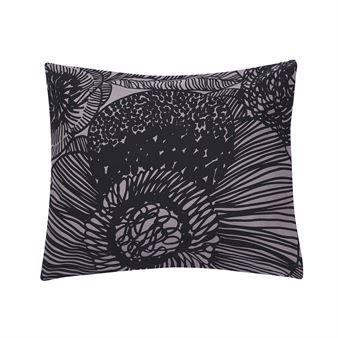 Marimekkos sengesett Kurjenpolvi er en skikkelig blomsterdrøm for sengen!