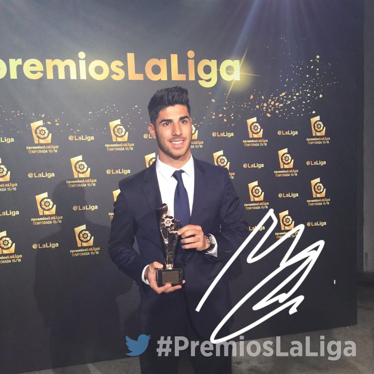 """Marco Asensio wins """"Revelation of the season"""" for 15/16"""