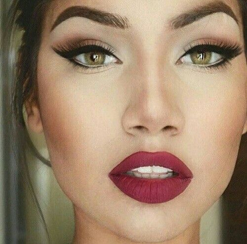 Hazel eye makeup http://www.deal-shop.com/product/remington-ci9538-tstudio-salon-collection-pearl-digital-ceramic-curling-wand-1-1-%C2%BD-inch-pink/