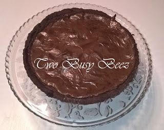 Two Busy Beez: Torta della settimana: Crostata al cioccolato