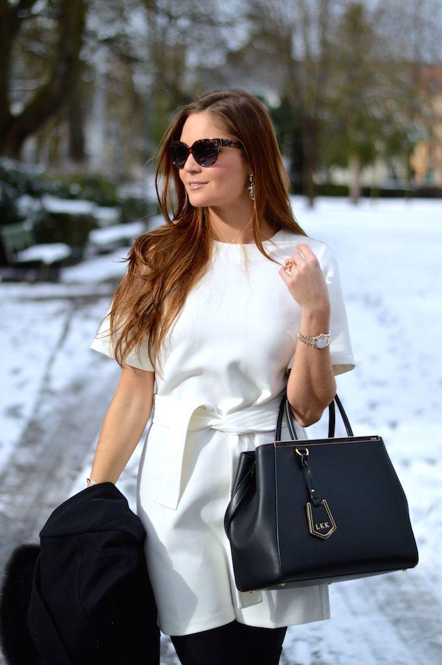 Winter sun // Stiletto meets Espresso / belted shift dress / Fendi 2jours / black and white / office style
