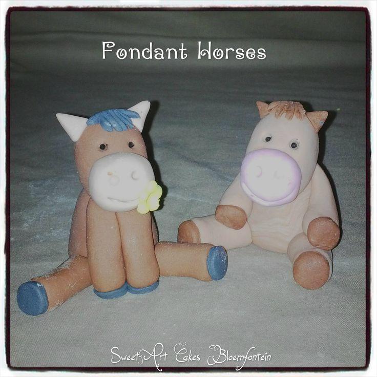 Fondant horses  For more information or orders Email: sweetartbfn@gmail.com Call/WhatsApp 0712127786; Follow me on Facebook https://www.facebook.com/groups/SweetArtCakesBloemfontein/ Follow me on Pinterest: http://www.pinterest.com/SweetArtCakeBfn/ **CLASSES AVAILABLE** Email: SweetArtClasses@gmail.com